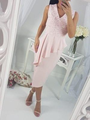 Krátk  šaty RUŽOVÉ (čipkované)